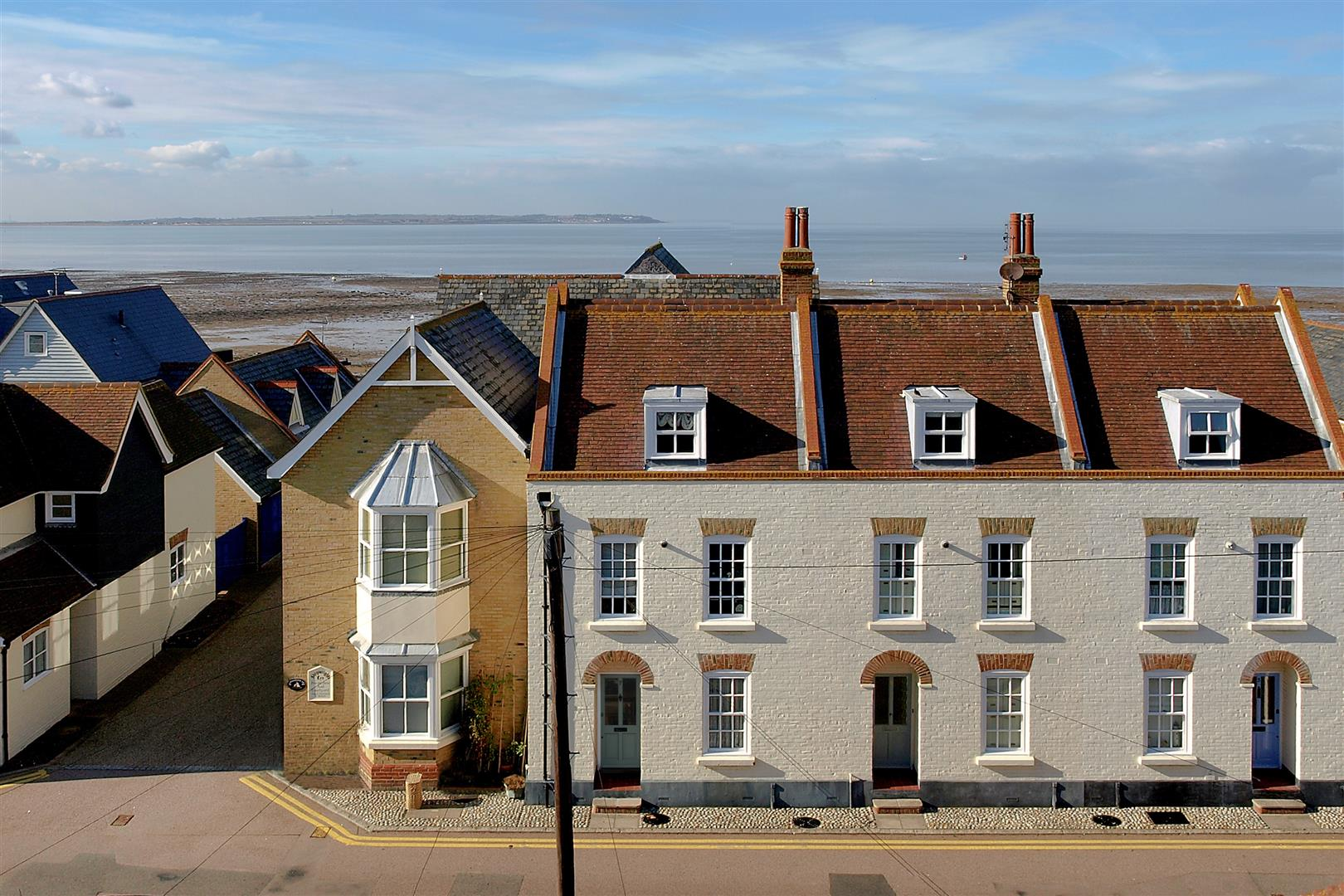 3 Bedrooms Terraced House for sale in Island Wall, Whitstable